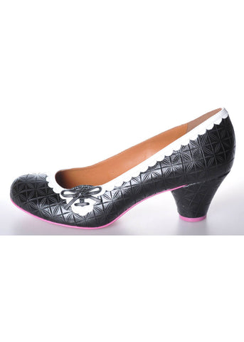 Cristofoli Rachel Carved 50's Pumps Black