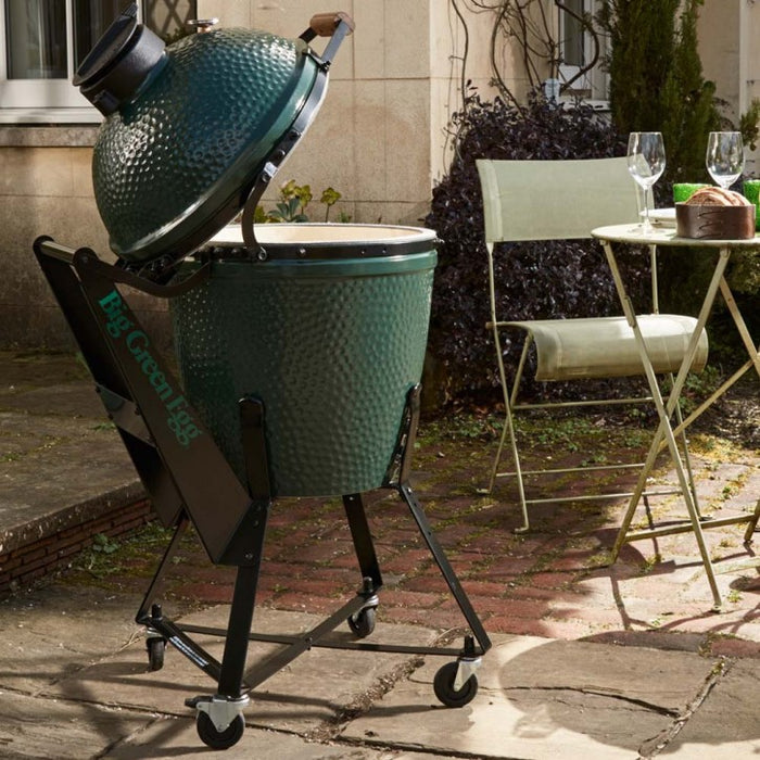 Big Green Egg Medium Egg Charcoal Grill
