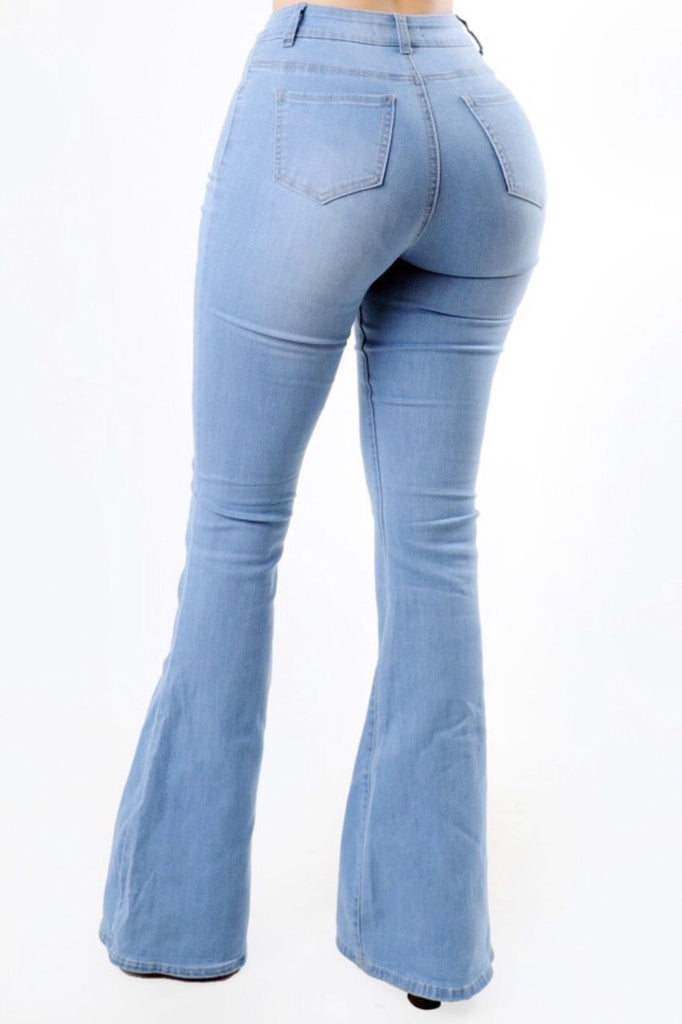 Elvia Jeans - Light Wash