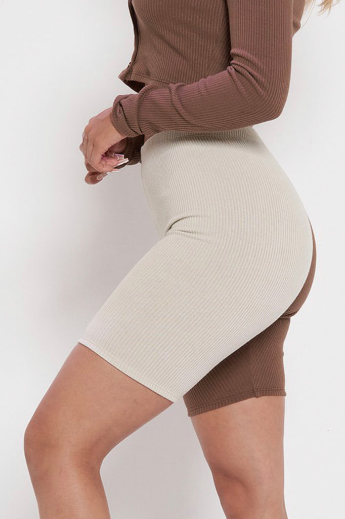 Stand Out Biker Shorts - Chocolate