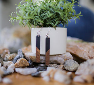 Wood Inspired Acrylic Bar Earrings - Black