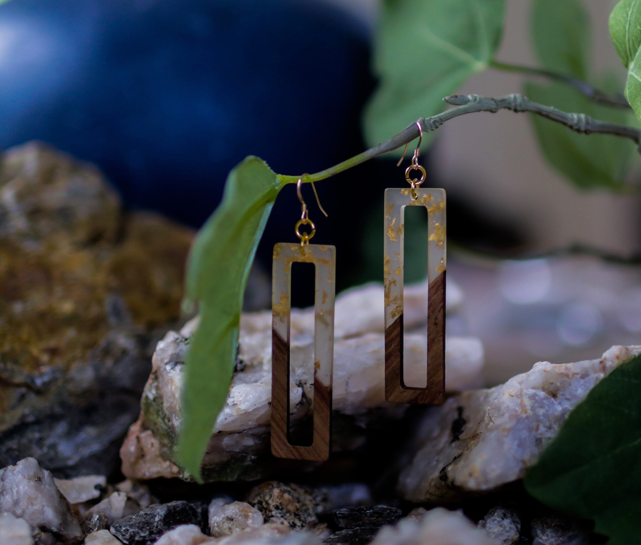 Wood Inspired Acrylic Cutout Earrings - Gold Fleck