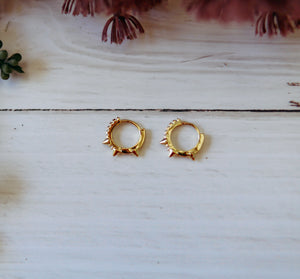 Premier Collection Gold Spike Mini Hoops