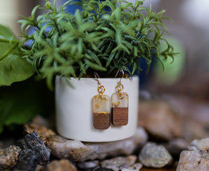 Wood Inspired Acrylic Mini Bar Earrings - Gold Fleck