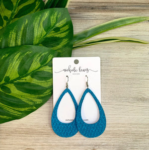 Cutout Textured Genuine Leather Earrings - Blue Raspberry Triangle
