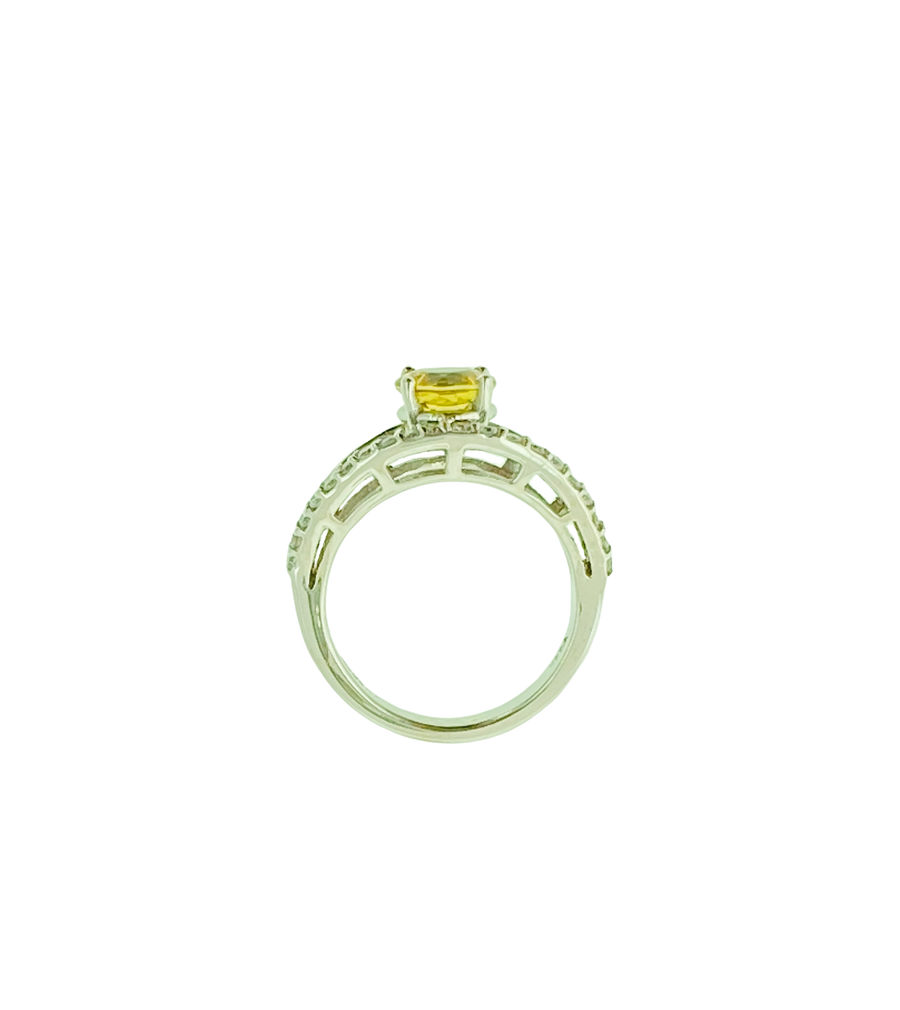 Round Ring - White Gold