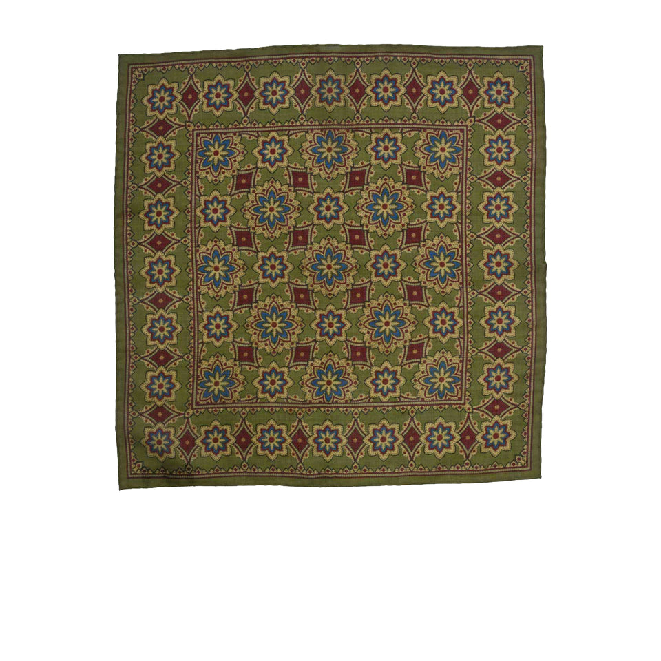 Amidé Hadelin | Handprinted wool/silk pocket square, big floral, olive
