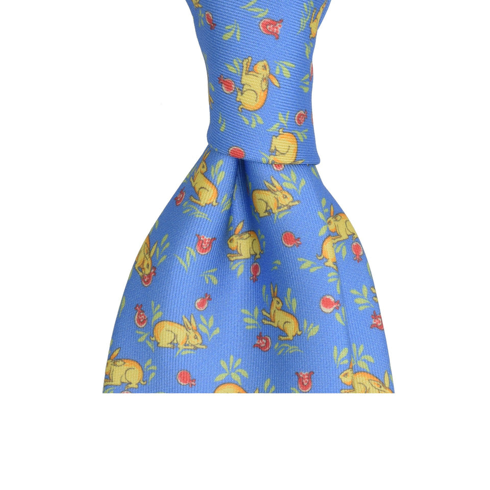 Amidé Hadelin | Handprinted silk hares tie, light blue