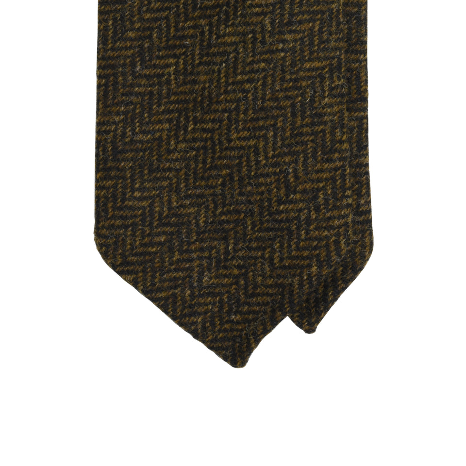Amidé Hadelin | Abraham Moon herringbone Shetland tweed tie - dark brown_tip