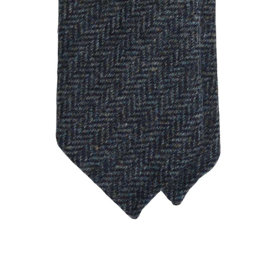 Amidé Hadelin | Abraham Moon herringbone Shetland tweed tie - sea blue_tip