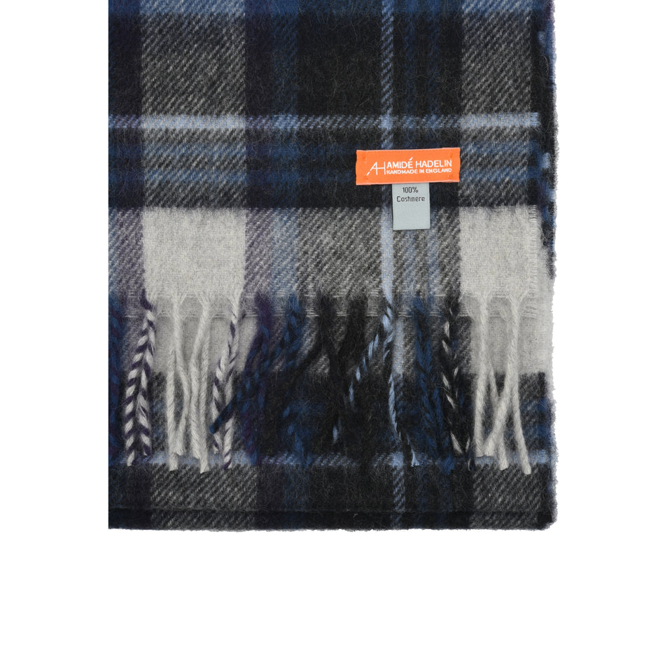 Amidé Hadelin Orange Label | Cashmere scarf, grey/navy plaid_detail