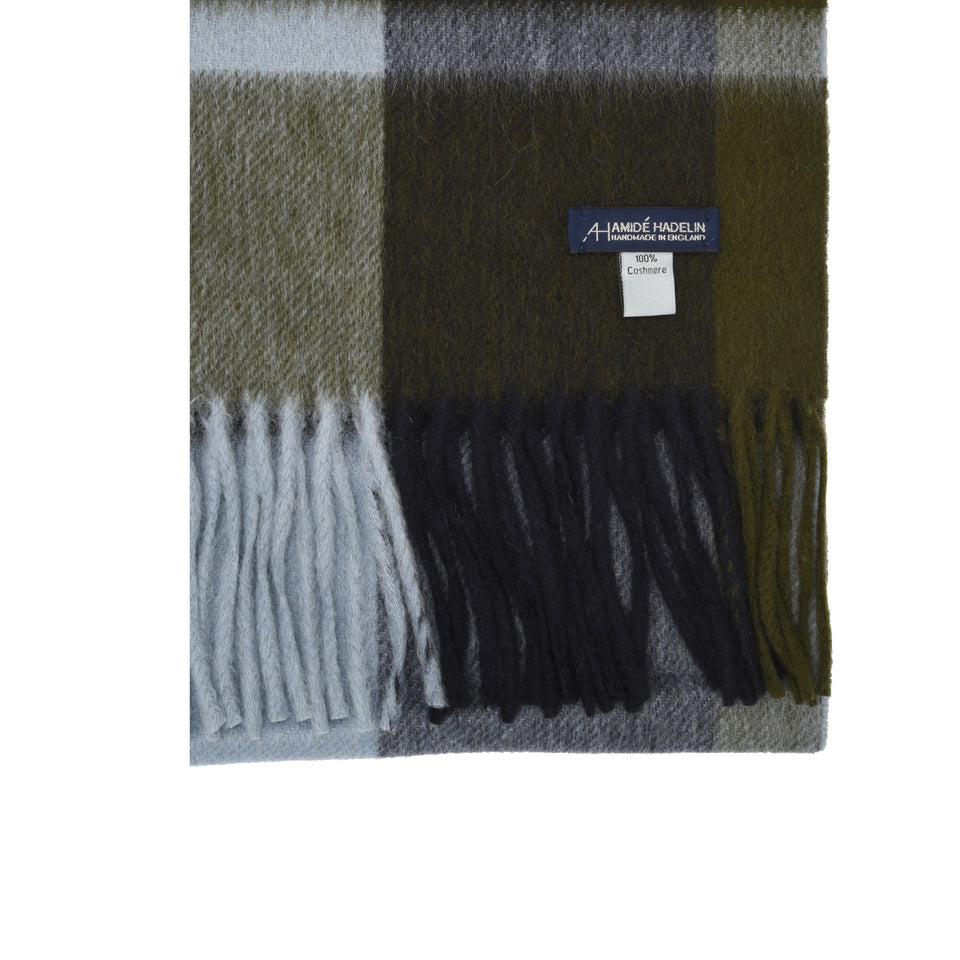 Amidé Hadelin | Cashmere plaid scarf, navy/khaki/light blue_detail