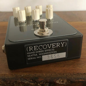 LIMITED-EDITION SOUND DESTRUCTION DEVICE (Black enclosure)