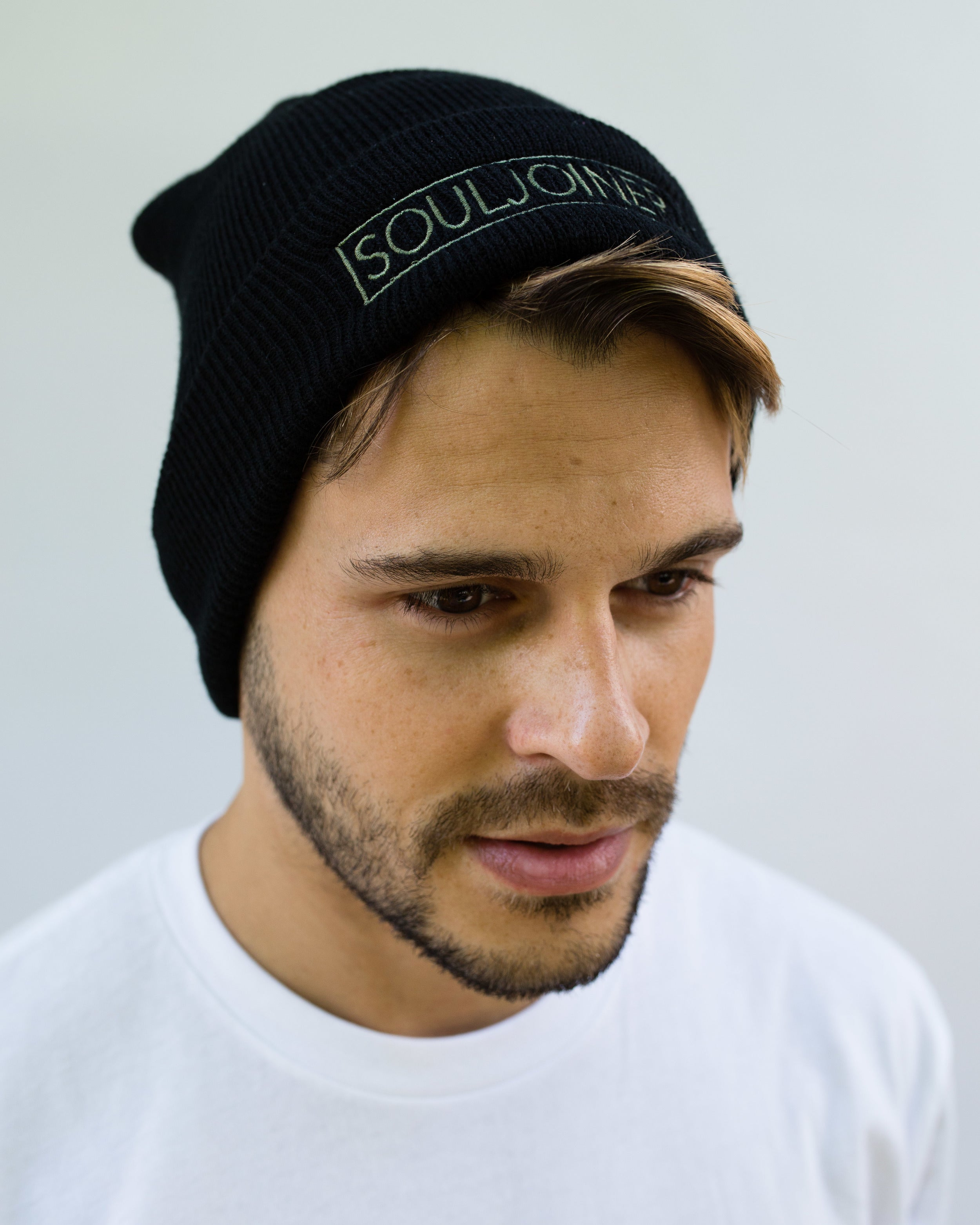 MEN'S BOX LOGO EMBROIDERED BEANIE - Soul Joiner