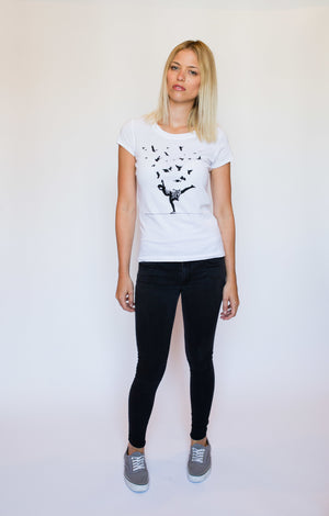 "WOMEN'S ""TAKE FLIGHT"" CREWNECK TEE - Soul Joiner"