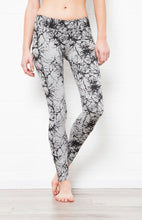 Load image into Gallery viewer, F.S Misty Lightening Leggings - Yoga Tights