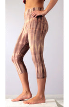 Load image into Gallery viewer, Gold Latte Net Tie Dye Capri Leggings