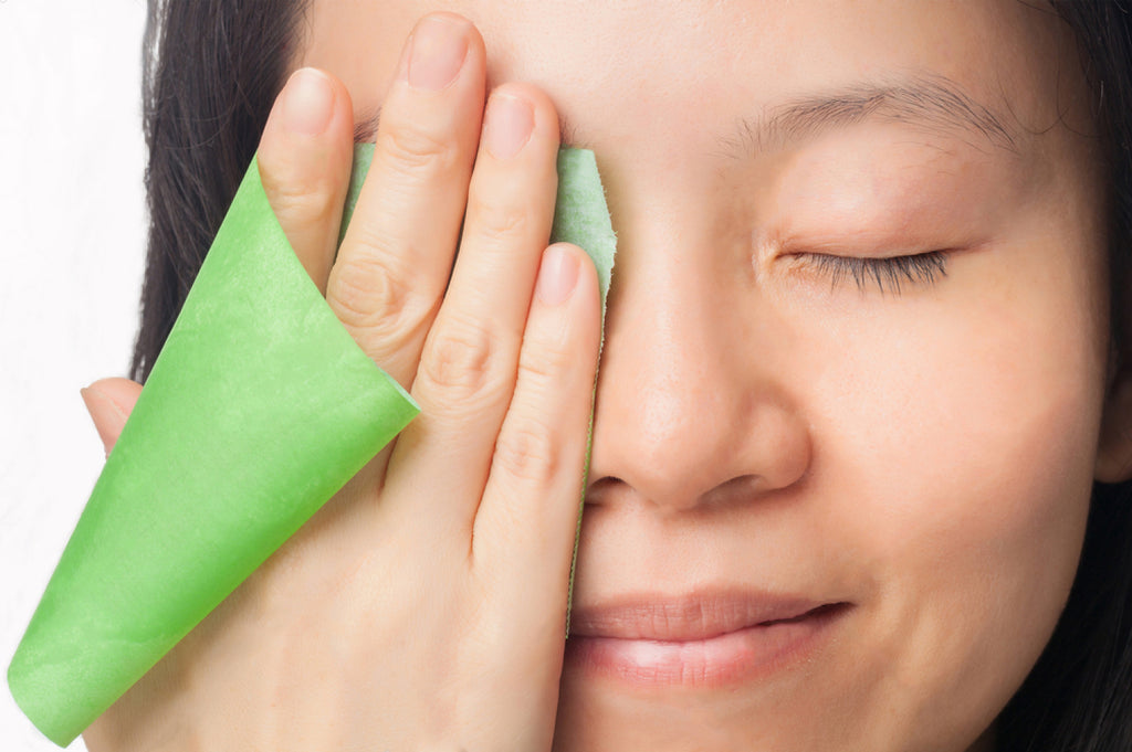 7 Tips to Get Rid of Oily Skin