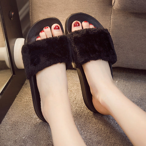 Hot Women's Fashion Plush Slippers/Flip Flops