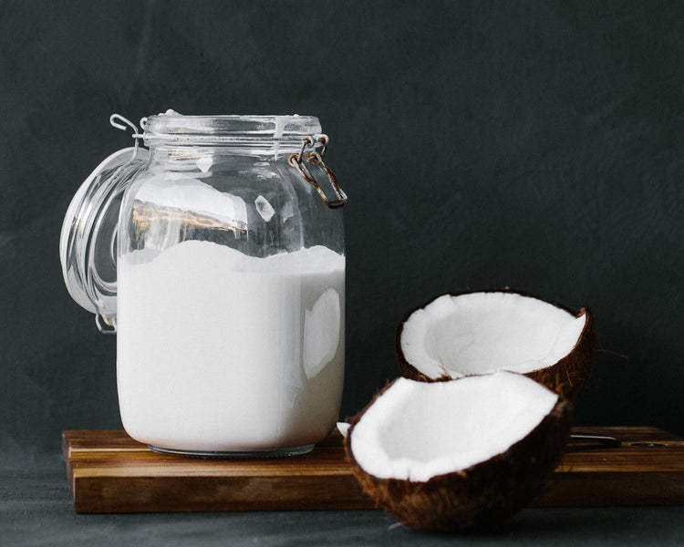 How to make your own Simple + Delicious, Healthy Coconut Yoghurt