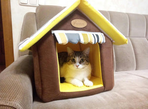 Suburban House Pet Bed