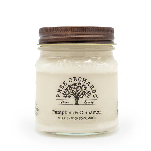 Soy Wooden Wick Pumpkins and Cinnamon Candle 8oz