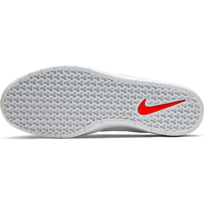 White Team Classic Nike SB Skateboarding Shoe Bottom
