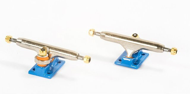 Blackriver Blue Wide 2.0 Fingerboard Trucks - 32mm