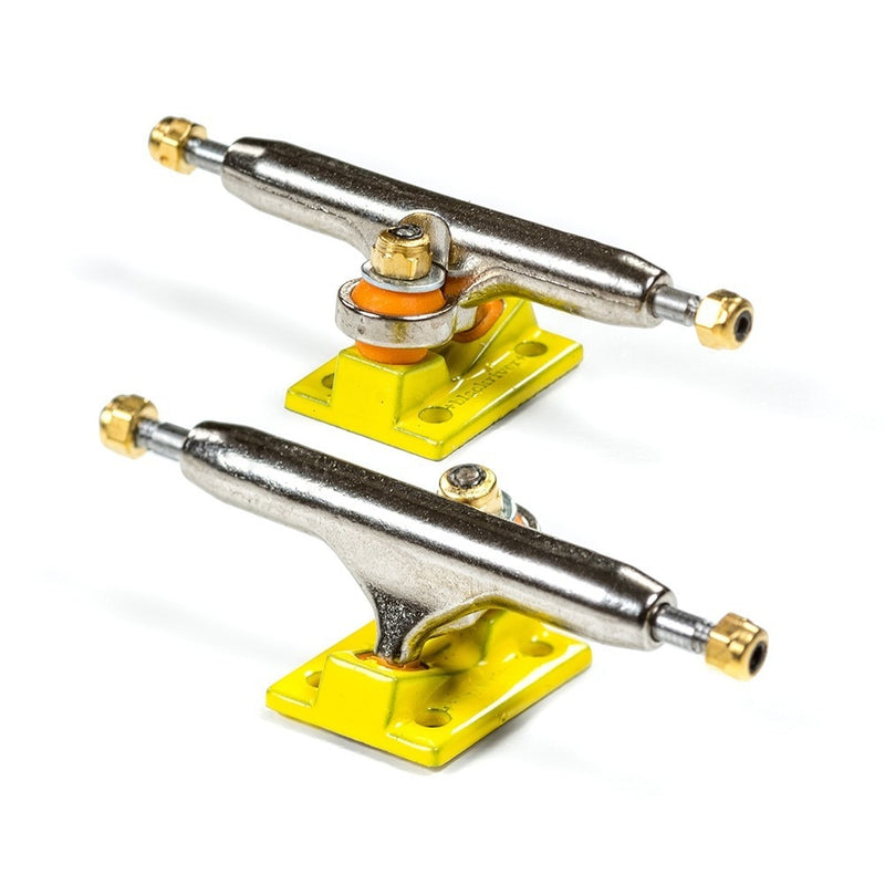 Blackriver Wide 2.0 Fingerboard Trucks - 32mm Yellow