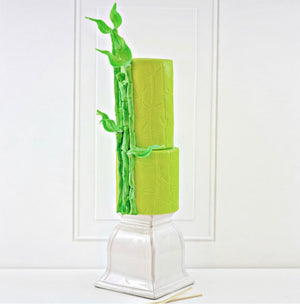 Satin Ice 5 lb. Bright Green Vanilla Rolled Fondant Icing