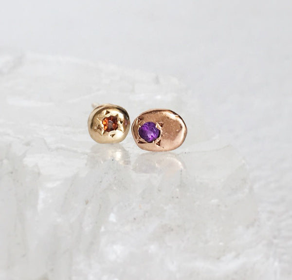 TINY HEARTFAST STUDS