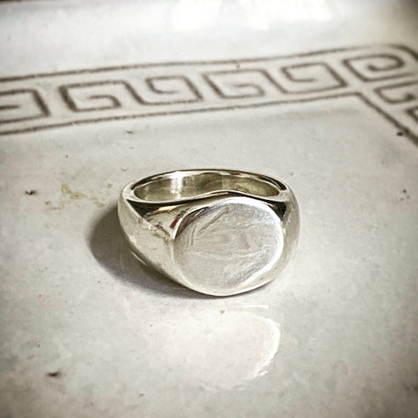 MOLTEN PINKY SIGNET RING