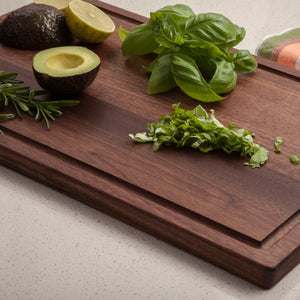 1711 Edge Grain Walnut Cutting Board with Juice Groove 0.75 Thick