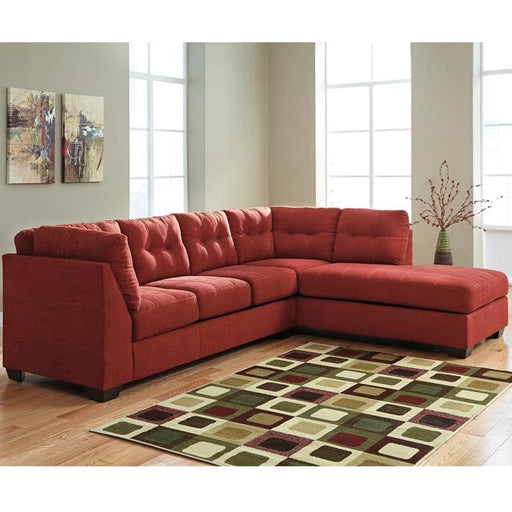 Benchcraft Maier Sectional With Right Side Facing Chaise In Sienna Microfiber - Living Room Sectionals