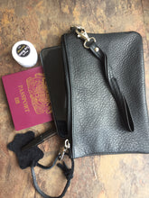 Viaggi Onyx Leather wrist pouch - ideal for travelling keeping passport wallet and other items