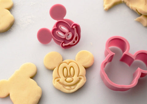 Animated Cookie Cutter or Cake Decorating Set