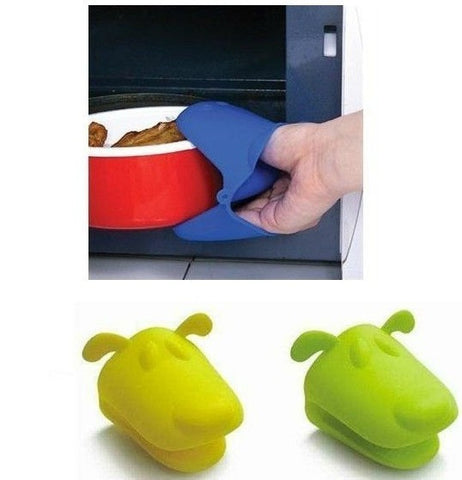 Foldable Silicone rubber pot holder and matching Silicone Glove Oven Mit