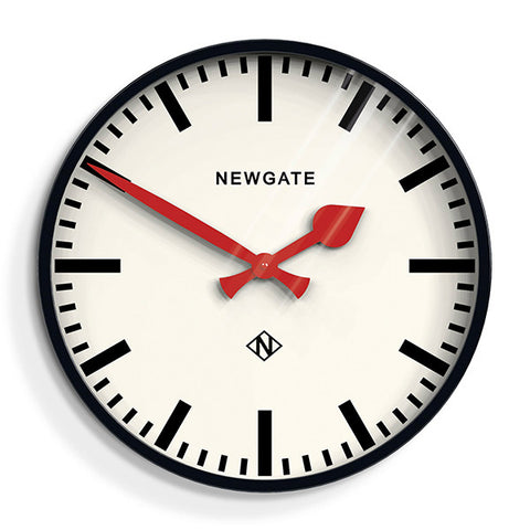 Large_Black_Station_Clock_-_Marker_Dial_-_Newgate_front_PUT390K