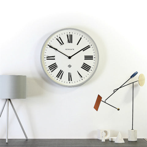 Roman_Numeral_Clock_-_Ten_Best_Clocks_to_Countdown_to_the_New_Year_in_Style_-_Newgate_Clocks_2