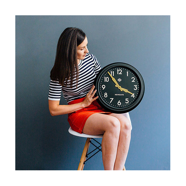 Black Station Wall Clock - Retro Mid-Century - Newgate Electric GWL15MK (lifestyle) 1 copy