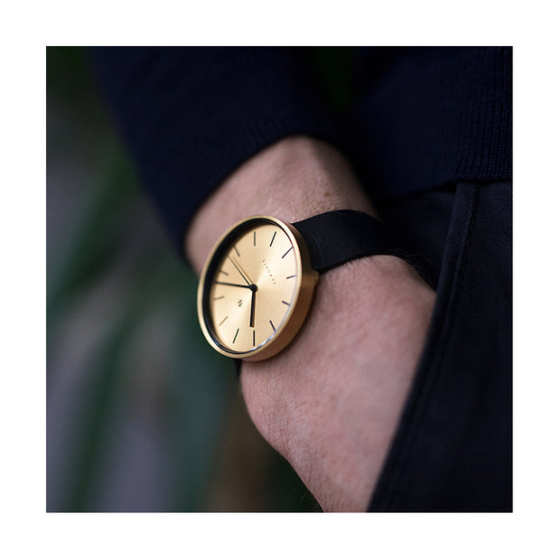 Minimalist Black Gold Watch - Modern Contemporary Men's Women's - British Design - Newgate Drumline WWMDLNRB038LK (wristwear)
