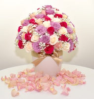 HOLLYWOOD BOX WITH ROSES (Dome Style)