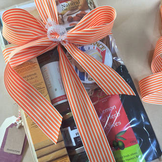 Cheese & Chutney Hamper