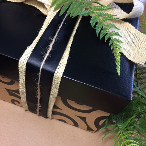 Kiwiana Christmas Box
