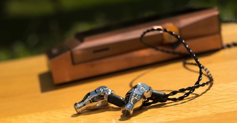 CAMPFIRE AUDIO COMET REVIEW - EARPHONE