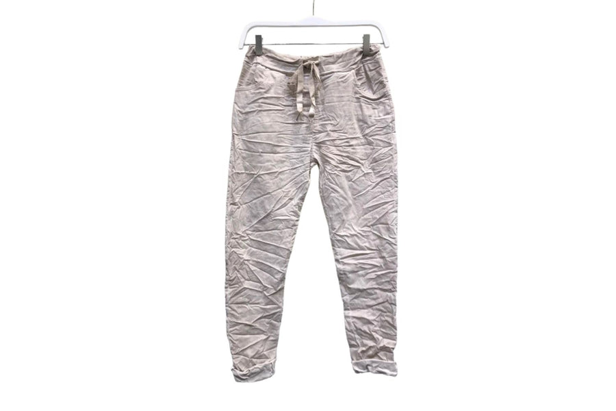 Crinkle Jogger in Stone Wash