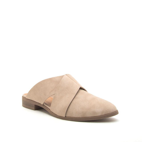 The Cadence Flat in Taupe