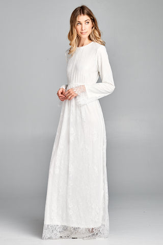 The Vienna Eyelash Lace Maxi in White