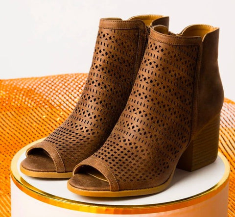 The Isla Bootie in Nutmeg