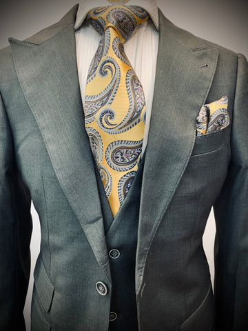 GRAY 3 PIECE SUIT